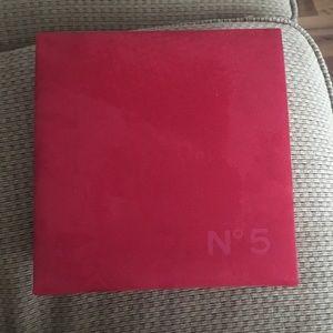 Chanel No 5 Velvet Box